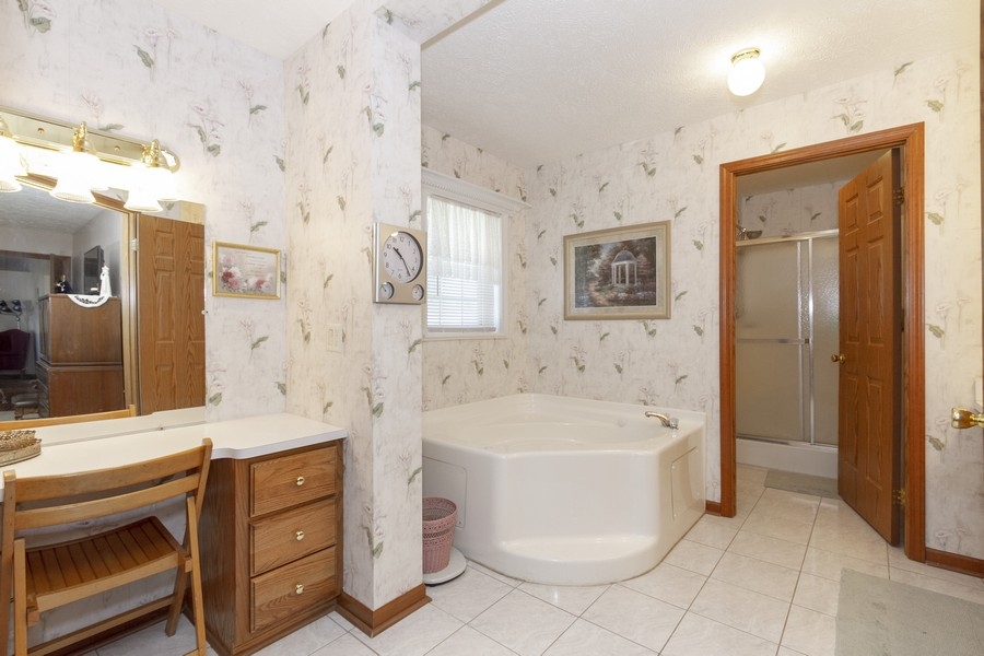 Real Estate Photography - 5127 Lucille Dr, Monee, IL, 60449 - Master Bathroom