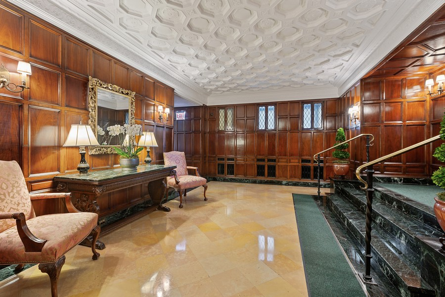 Real Estate Photography - 1366 North Dearborn St, 9A, Chicago, IL, 60610 - Lobby