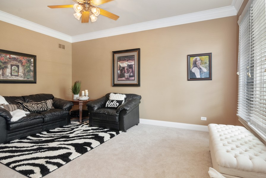 Real Estate Photography - 2538 Spring Green Way, Batavia, IL, 60510 - Living Room