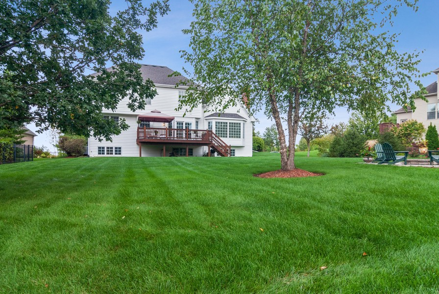 Real Estate Photography - 2538 Spring Green Way, Batavia, IL, 60510 - Rear View
