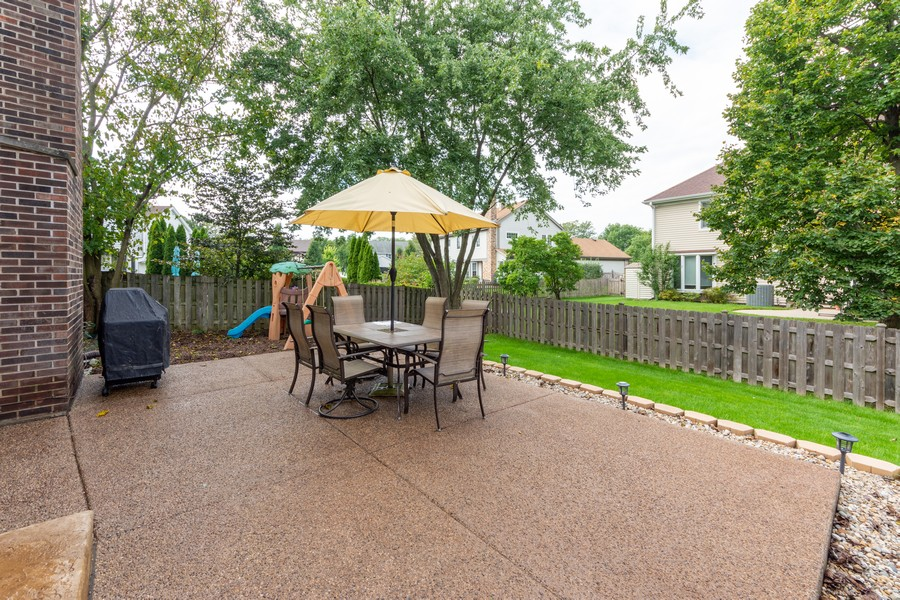 Real Estate Photography - 430 West Whitehall Dr, Arlington Heights, IL, 60004 - Patio