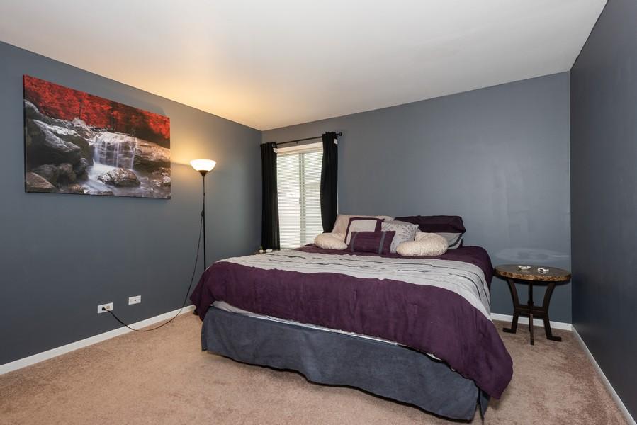 Real Estate Photography - 29W750 Hurlingham Dr, Warrenville, IL, 60555 - Master Bedroom