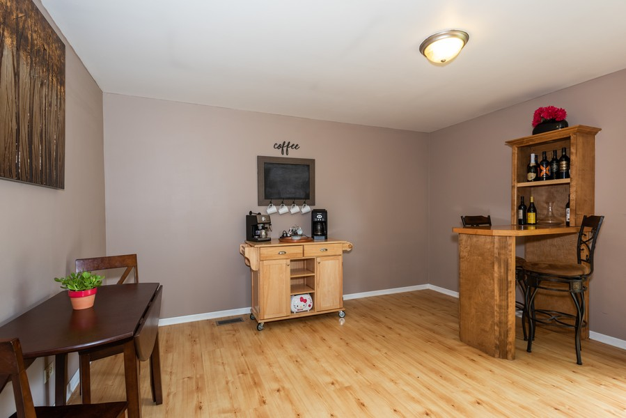 Real Estate Photography - 29W750 Hurlingham Dr, Warrenville, IL, 60555 - Dining Area