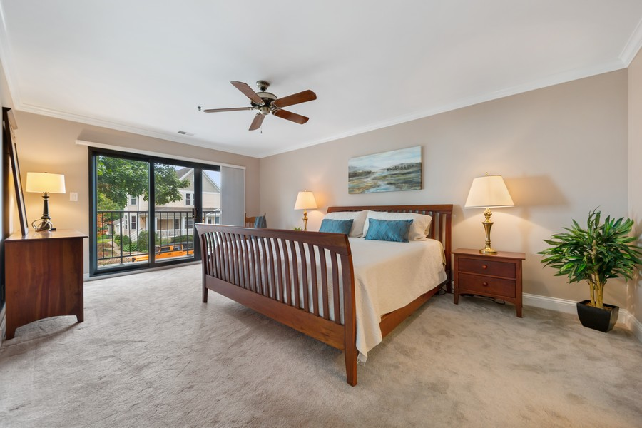 Real Estate Photography - 110 South Evergreen Ave, 2AS, Arlington Heights, IL, 60005 - Master Bedroom