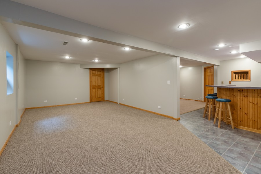 Real Estate Photography - 771 Wexford Ct, Grayslake, IL, 60030 - Basement