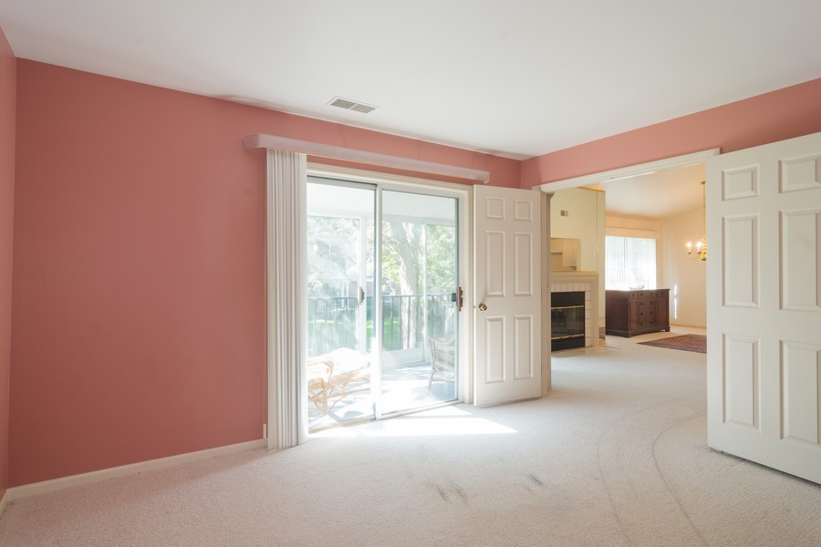 Real Estate Photography - 1007 Butternut Ln, C, Mount Prospect, IL, 60056 - 2nd Bedroom