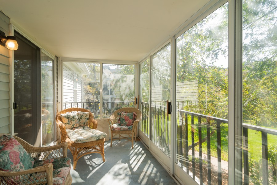 Real Estate Photography - 1007 Butternut Ln, C, Mount Prospect, IL, 60056 - Porch