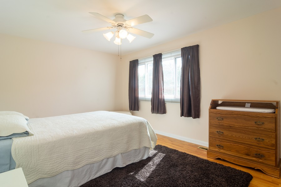 Real Estate Photography - 12 West Appletree Ln, Arlington Heights, IL, 60004 - 5th Bedroom