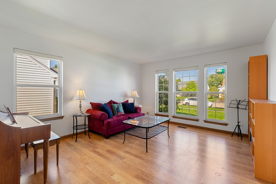 Real Estate Photography - 203 Heritage Trl, Hainesville, IL, 60030 - Living Room