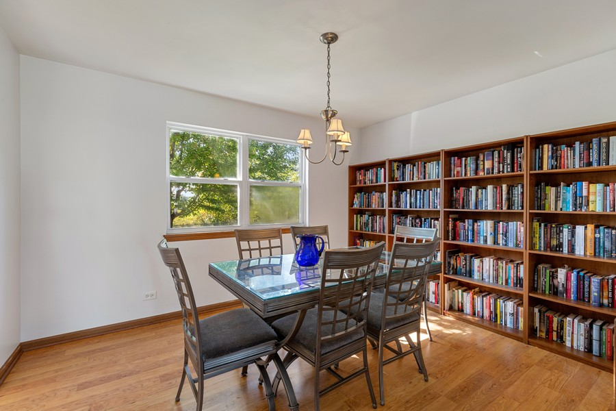 Real Estate Photography - 203 Heritage Trl, Hainesville, IL, 60030 - Dining Room