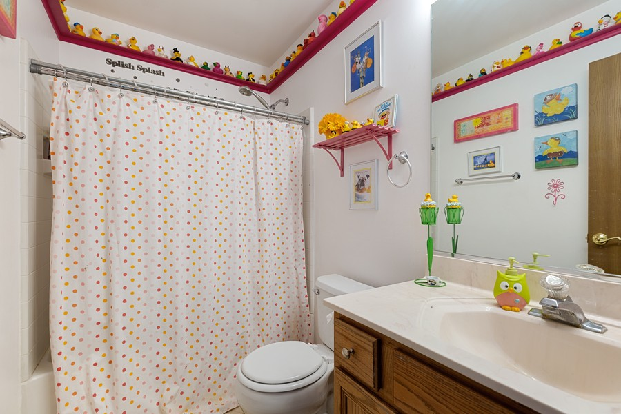 Real Estate Photography - 203 Heritage Trl, Hainesville, IL, 60030 - 2nd Bathroom