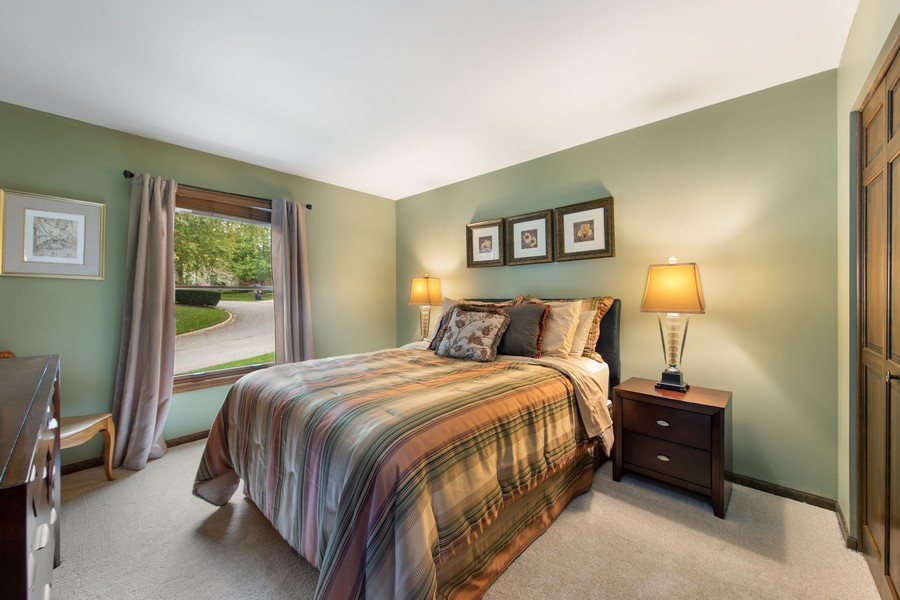 Real Estate Photography - 376 River Bluff Cir, Naperville, IL, 60540 - Bedroom