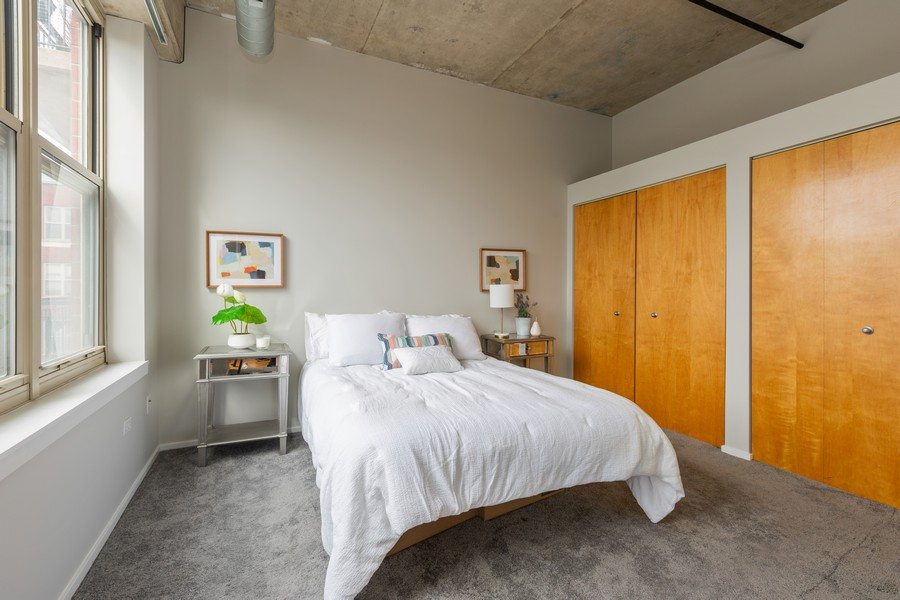 Real Estate Photography - 6 South Laflin St, 816, Chicago, IL, 60607 - Bedroom
