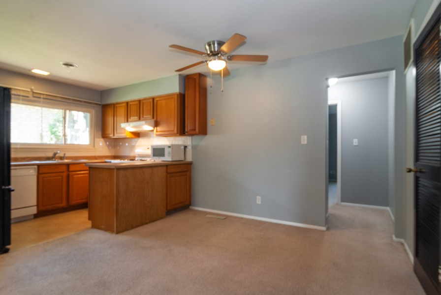Real Estate Photography - 513 Walnut St, Batavia, IL, 60510 - Kitchen / Breakfast Room