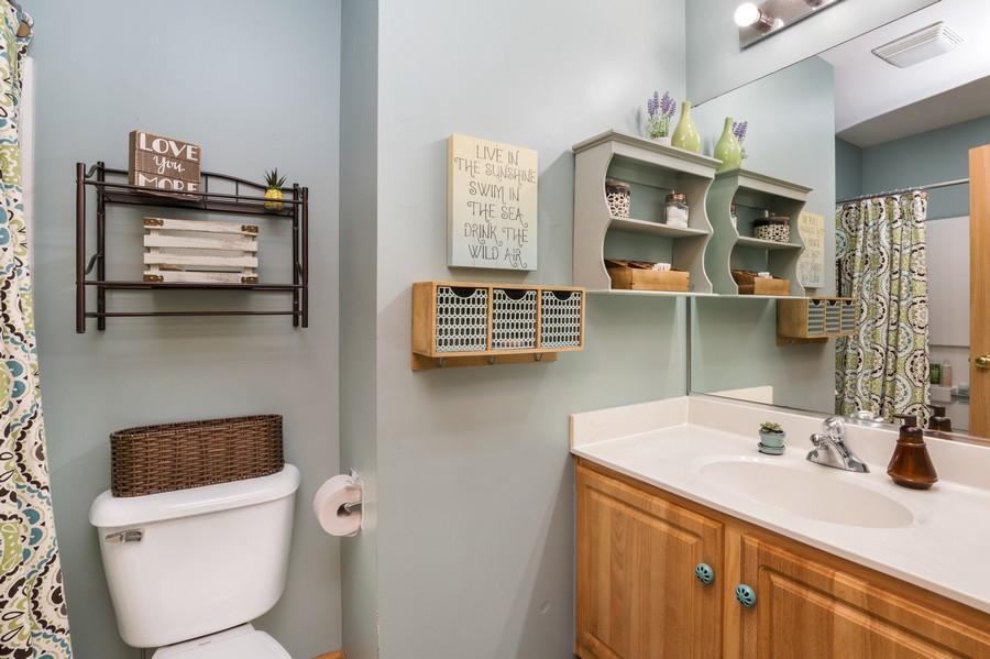 Real Estate Photography - 2506 Grayhawk Dr, Aurora, IL, 60503 - Master Bathroom