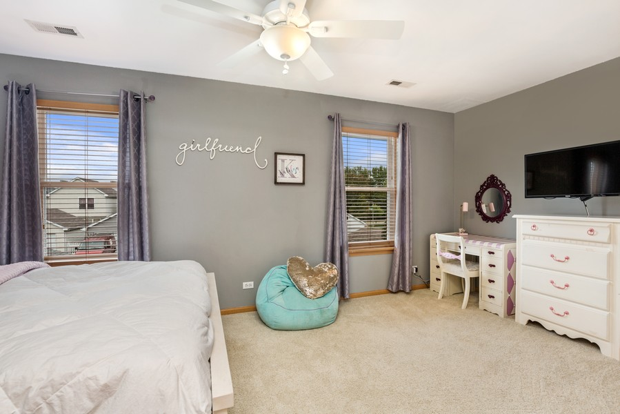 Real Estate Photography - 2506 Grayhawk Dr, Aurora, IL, 60503 - 2nd Bedroom