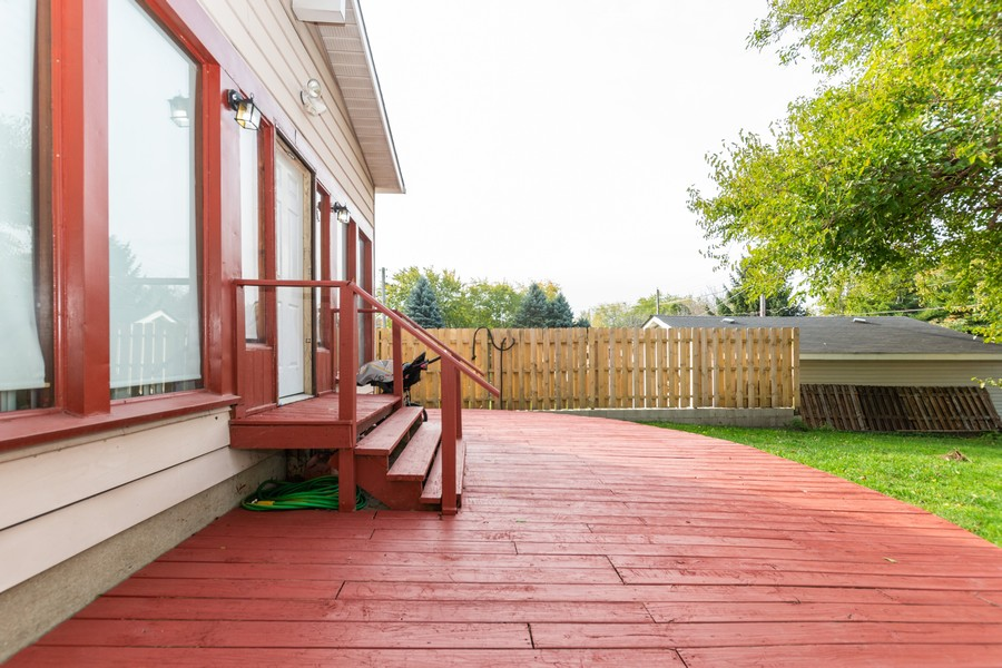 Real Estate Photography - 12846 Mozart St, Blue Island, IL, 60406 - Deck