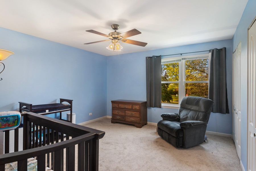 Real Estate Photography - 583 North Charter Hall Dr, Palatine, IL, 60067 - 2nd Bedroom