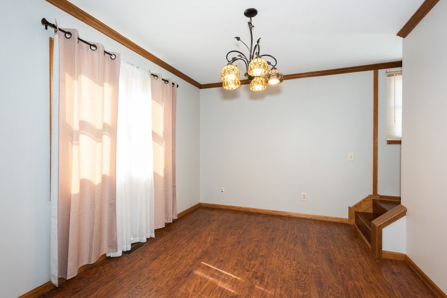 Real Estate Photography - 1090 Emerald Dr, Aurora, IL, 60506 - Dining Room