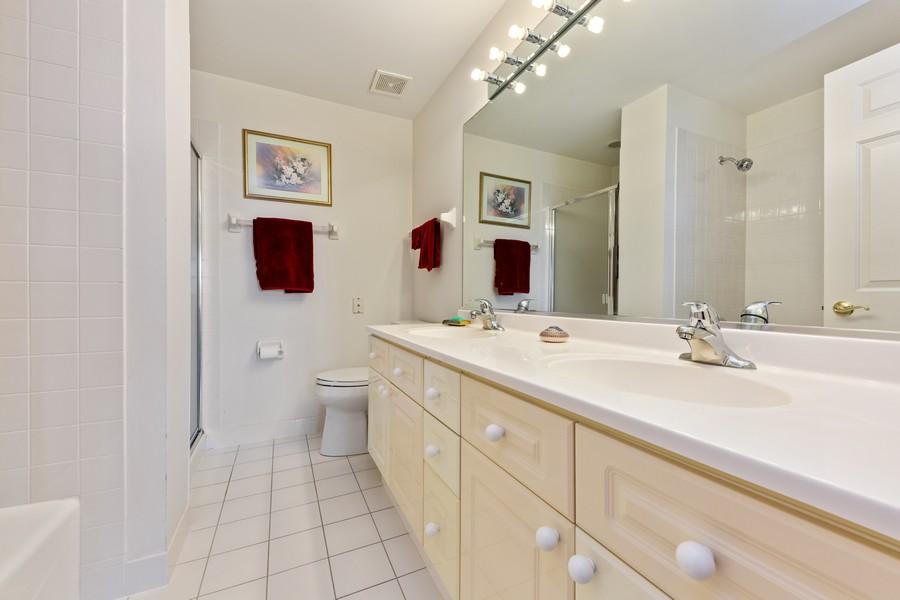 Real Estate Photography - 501 Forest #506, Glen Ellyn, IL, 60137 - Master Bathroom