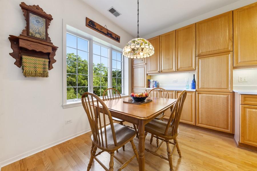Real Estate Photography - 501 Forest #506, Glen Ellyn, IL, 60137 - Breakfast Area