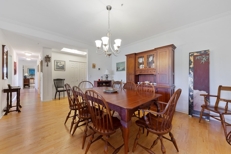 Real Estate Photography - 501 Forest #506, Glen Ellyn, IL, 60137 - Dining Room