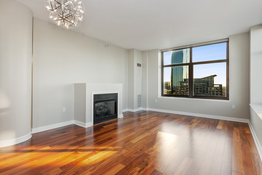 Real Estate Photography - 233 E 13th St, Unit 2201, Chicago, IL, 60605 - Living Room