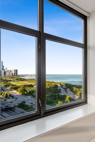 Real Estate Photography - 233 E 13th St, Unit 2201, Chicago, IL, 60605 - View