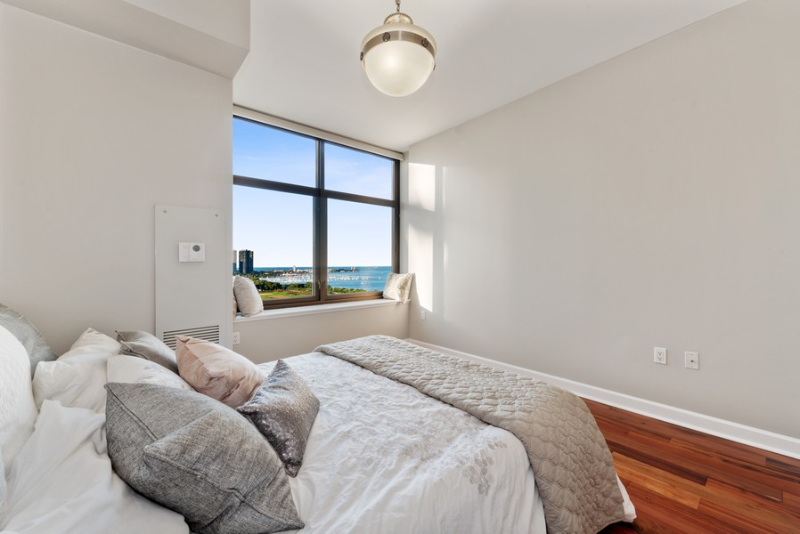 Real Estate Photography - 233 E 13th St, Unit 2201, Chicago, IL, 60605 - Master Bedroom