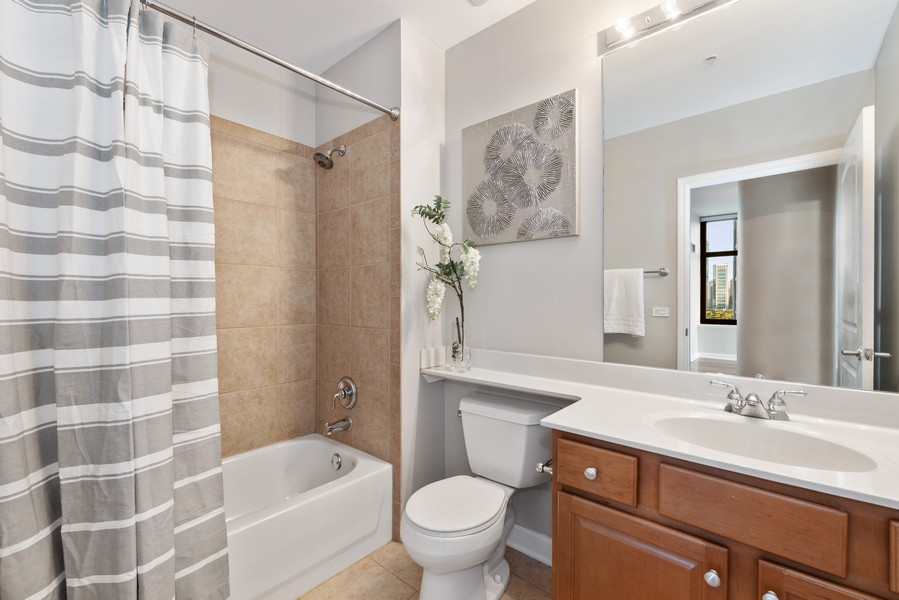 Real Estate Photography - 233 E 13th St, Unit 2201, Chicago, IL, 60605 - 2nd Bathroom