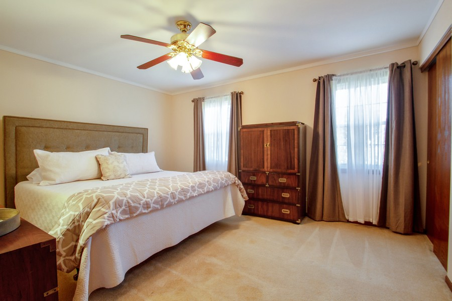Real Estate Photography - 1677 Deerhaven Dr, Crystal Lake, IL, 60014 - 3rd Bedroom
