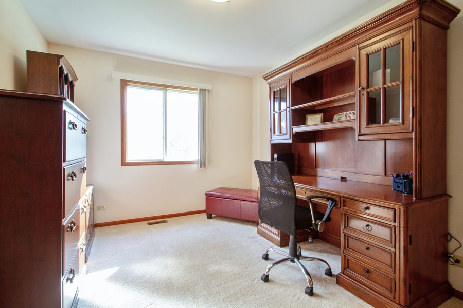 Real Estate Photography - 1677 Deerhaven Dr, Crystal Lake, IL, 60014 - 4th Bedroom