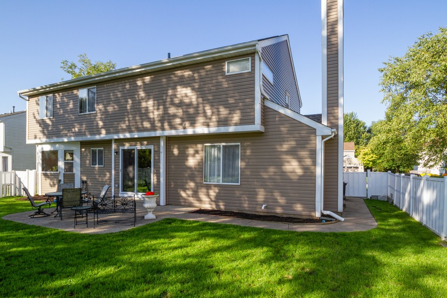 Real Estate Photography - 1677 Deerhaven Dr, Crystal Lake, IL, 60014 - Rear View