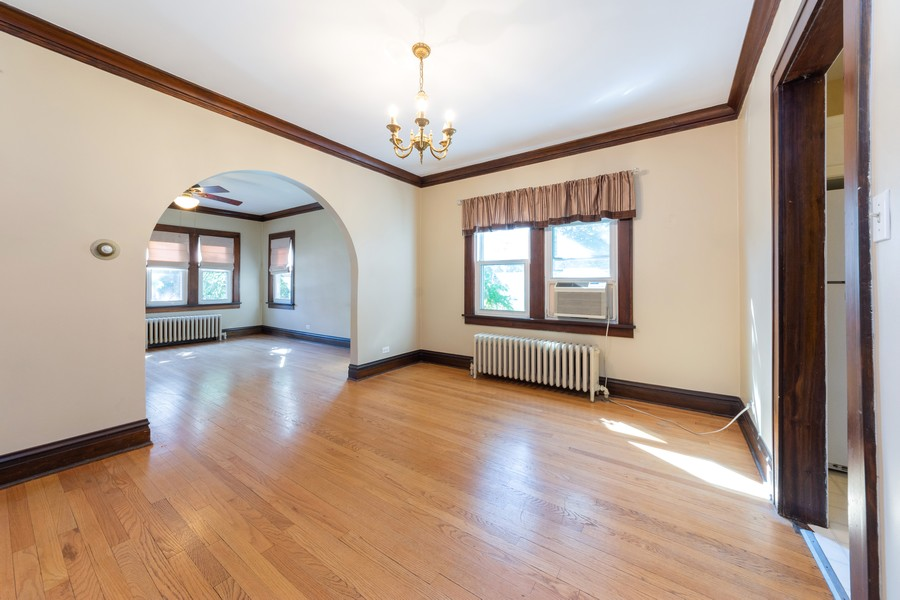 Real Estate Photography - 8 East Euclid Ave, Arlington Heights, IL, 60004 - Living Room / Dining Room