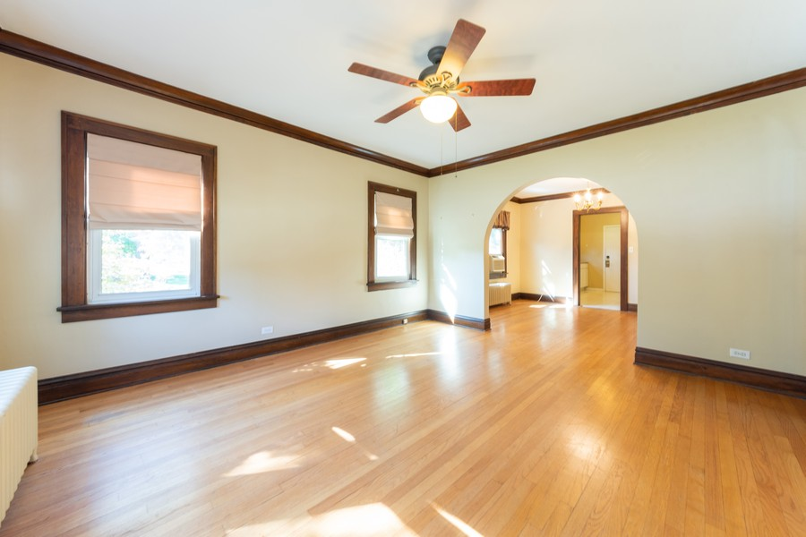 Real Estate Photography - 8 East Euclid Ave, Arlington Heights, IL, 60004 - Living Room/Dining Room