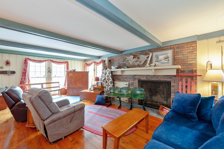 Real Estate Photography - 4703 Hill Rd, Richmond, IL, 60071 - Family Room