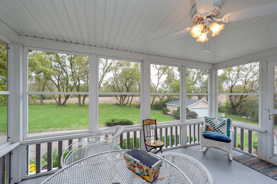 Real Estate Photography - 4703 Hill Rd, Richmond, IL, 60071 - Sun Room