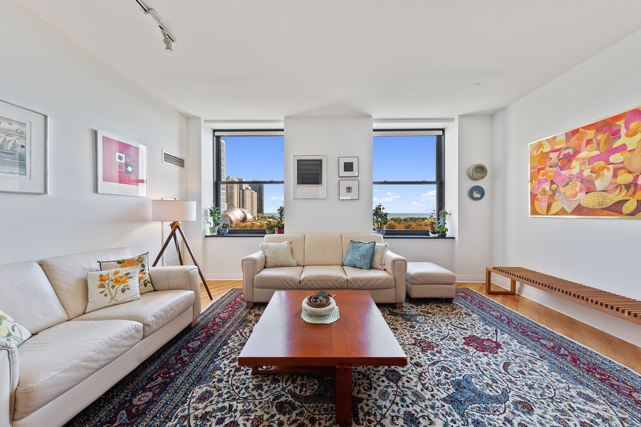 Real Estate Photography - 6 North Michigan Ave, 902, Chicago, IL, 60602 - Living Room