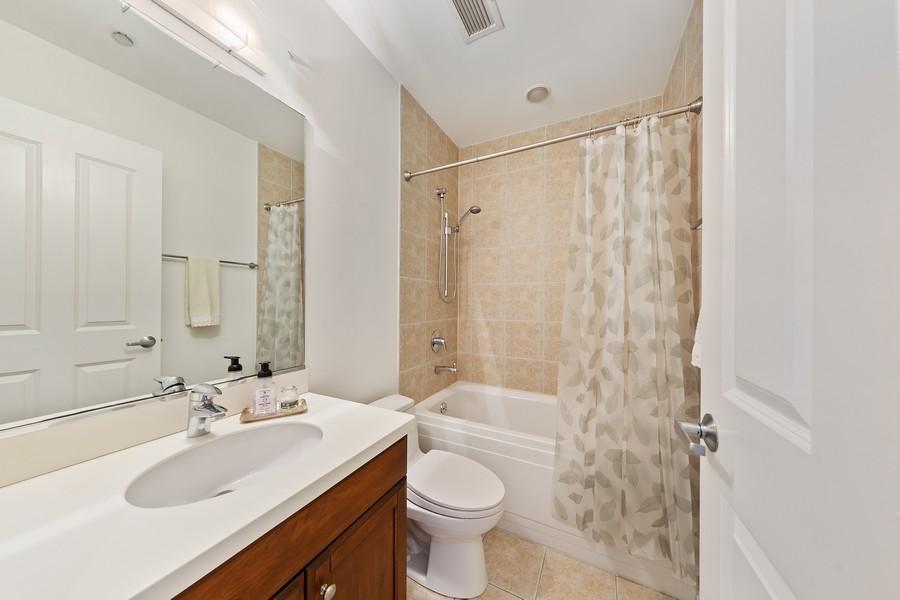Real Estate Photography - 6 North Michigan Ave, 902, Chicago, IL, 60602 - Bathroom
