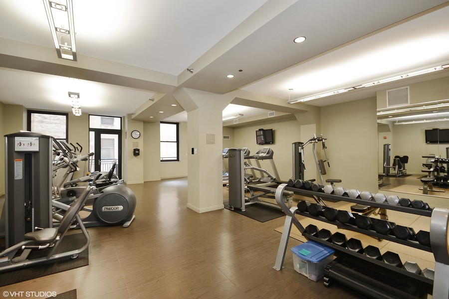 Real Estate Photography - 6 North Michigan Ave, 902, Chicago, IL, 60602 - Exercise Room