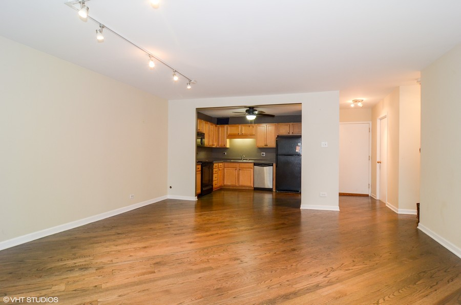 Real Estate Photography - 211 E Ohio St, Apt 809, Chicago, IL, 60611 - Living Room/Dining Room