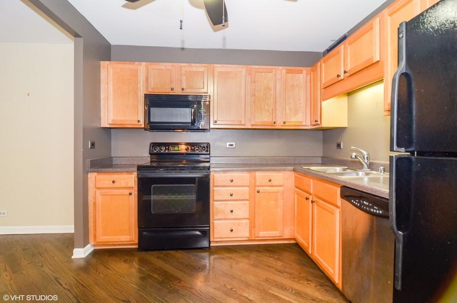 Real Estate Photography - 211 E Ohio St, Apt 809, Chicago, IL, 60611 - Kitchen