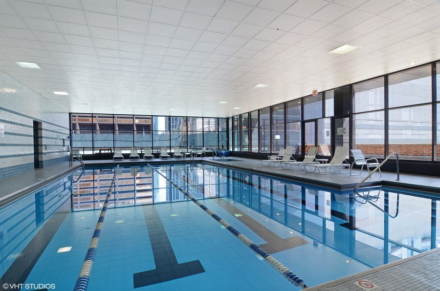 Real Estate Photography - 211 E Ohio St, Apt 809, Chicago, IL, 60611 - Indoor Pool