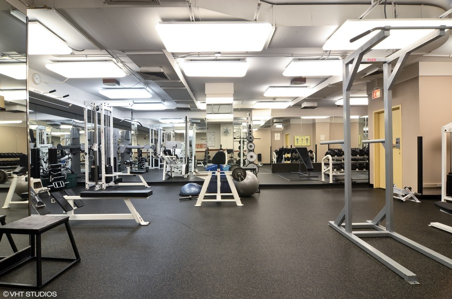 Real Estate Photography - 211 E Ohio St, Apt 809, Chicago, IL, 60611 - Fitness Room