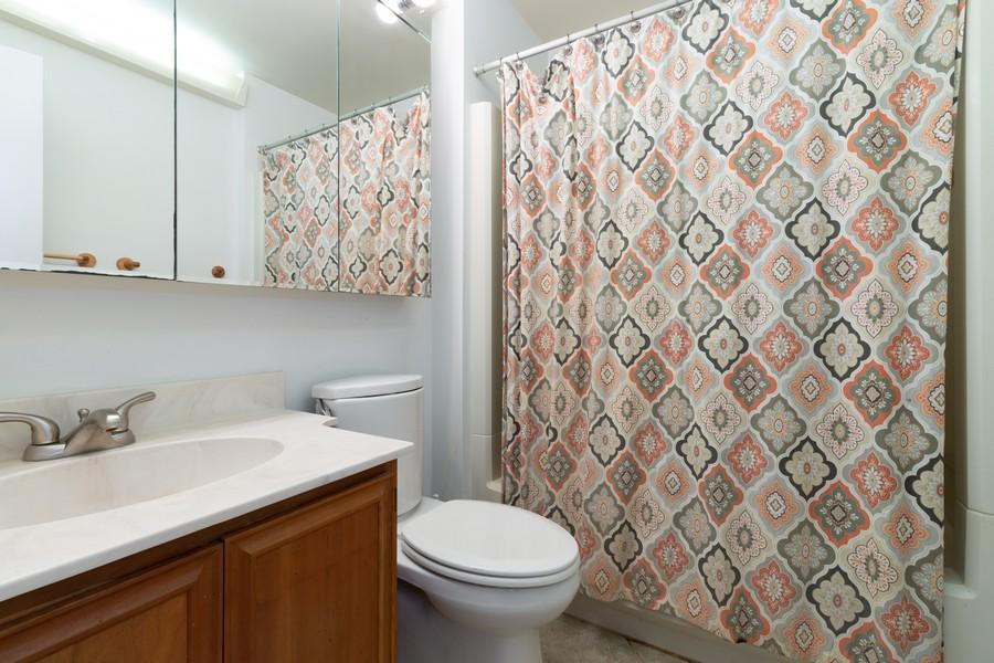 Real Estate Photography - 132 Grace Ln, Barrington, IL, 60010 - Master Bathroom