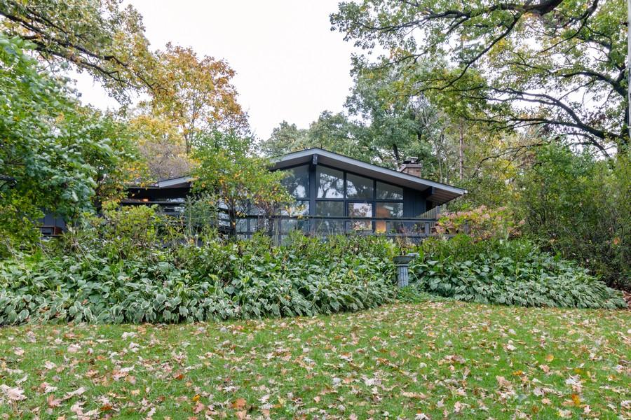 Real Estate Photography - 132 Grace Ln, Barrington, IL, 60010 - Rear View