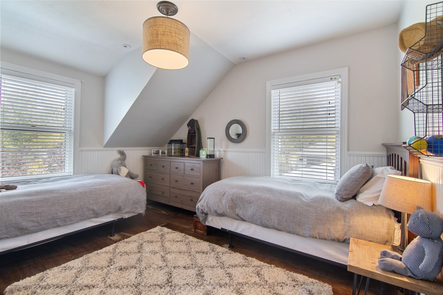 Real Estate Photography - 1514 Gregory Ave, Wilmette, IL, 60091 - Bedroom