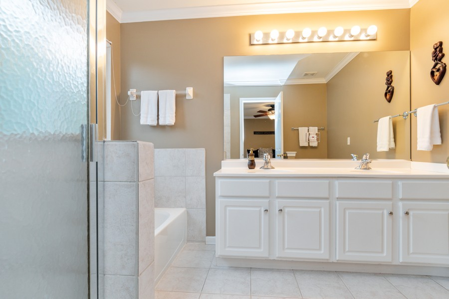 Real Estate Photography - 3357 Rosecroft, Naperville, IL, 60564 - Master Bathroom