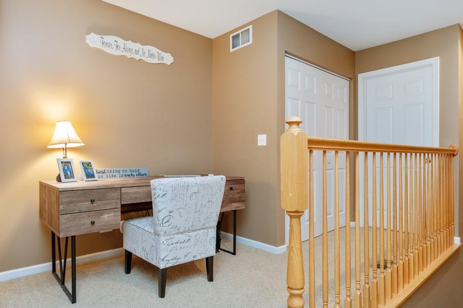 Real Estate Photography - 3357 Rosecroft, Naperville, IL, 60564 - Loft