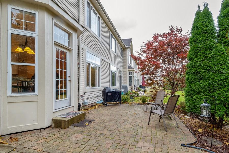 Real Estate Photography - 3357 Rosecroft, Naperville, IL, 60564 - Patio